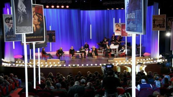 Belen Rodriguez contro Giulia De Lellis al Maurizio Costanzo Show